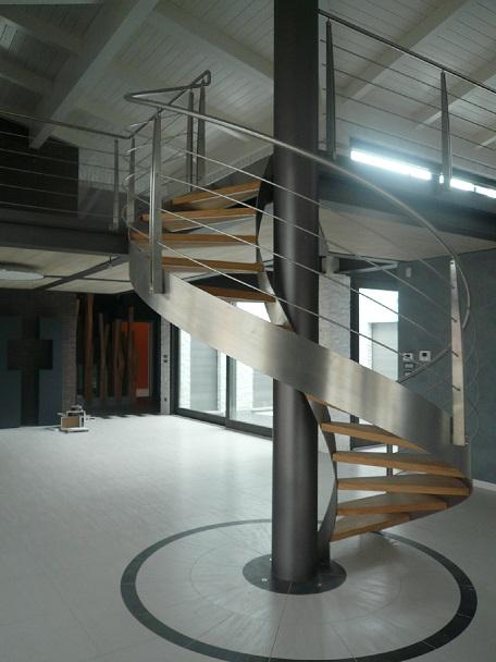 Scale per interni elicoidali scatom sas - Scale eleganti per interni ...