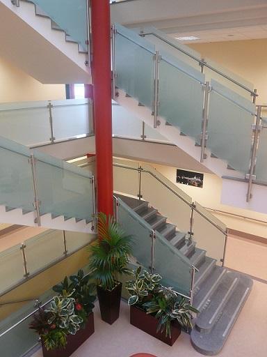 Ringhiere per scale per interni » Scatom Sas